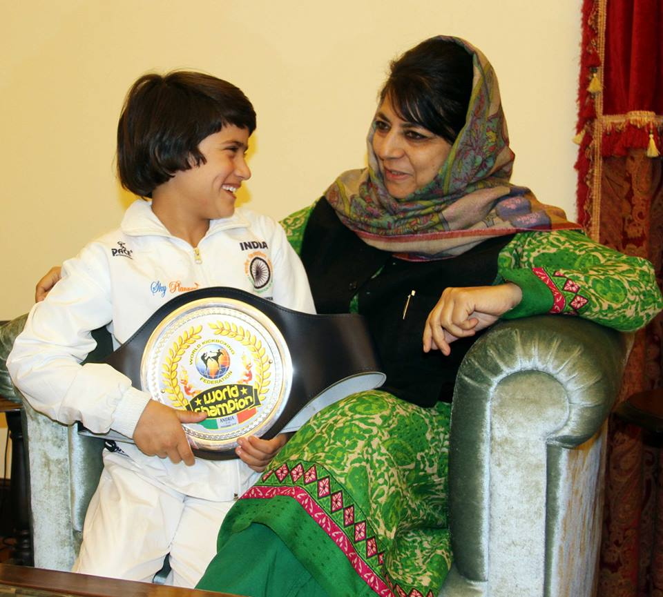 1479740808_537_meet-the-8-year-old-kashmiri-tajamul-islam-the-world-kickboxing-champion