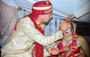 This Swedish Couple Got Married The Indian Way