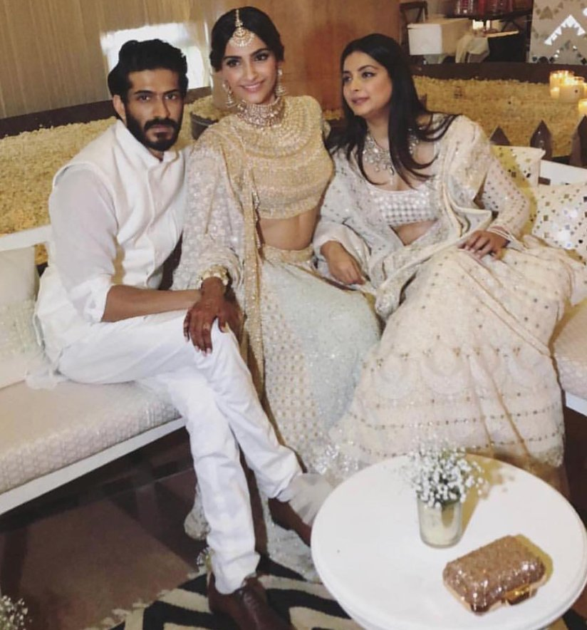 Pics from Sonam Kapoor's Sangeet are Out and She's Looking Gorgeous