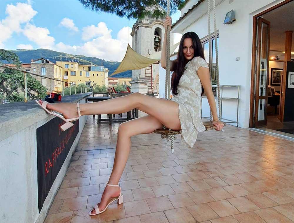 ekaterina lisina tallest woman in the world sexy legs