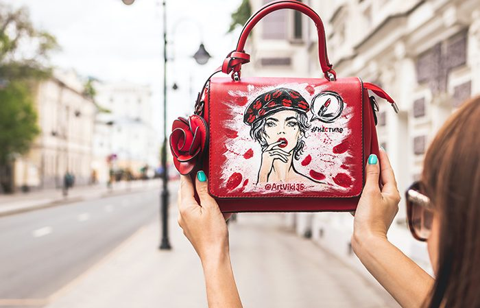 Top 10 Luxury and Expensive Handbag Brands You want to Carry All Day