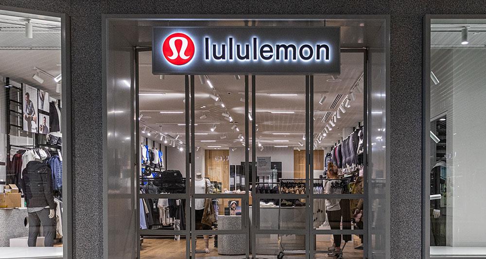lululemon yoga clothing brand